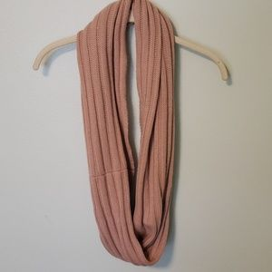 Infinity scarves (2 for 1 deal)